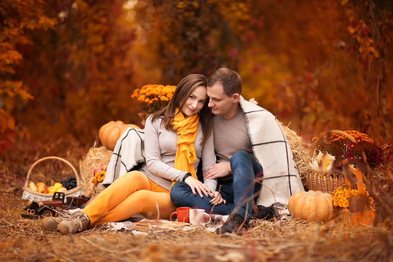 пара фото осень столько ребят продолжают
