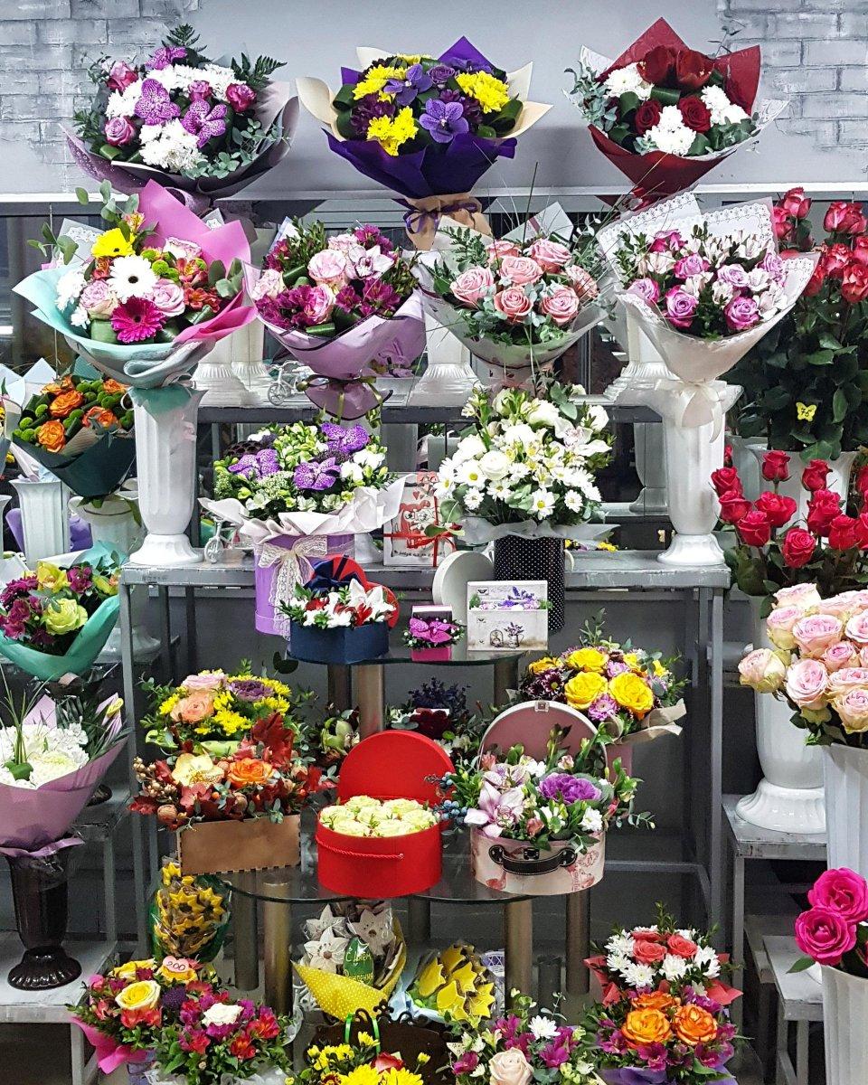 Сколько стоит сделать интернет магазин цветов оао акционерная компания востокнефтезаводмонтаж официальный сайт